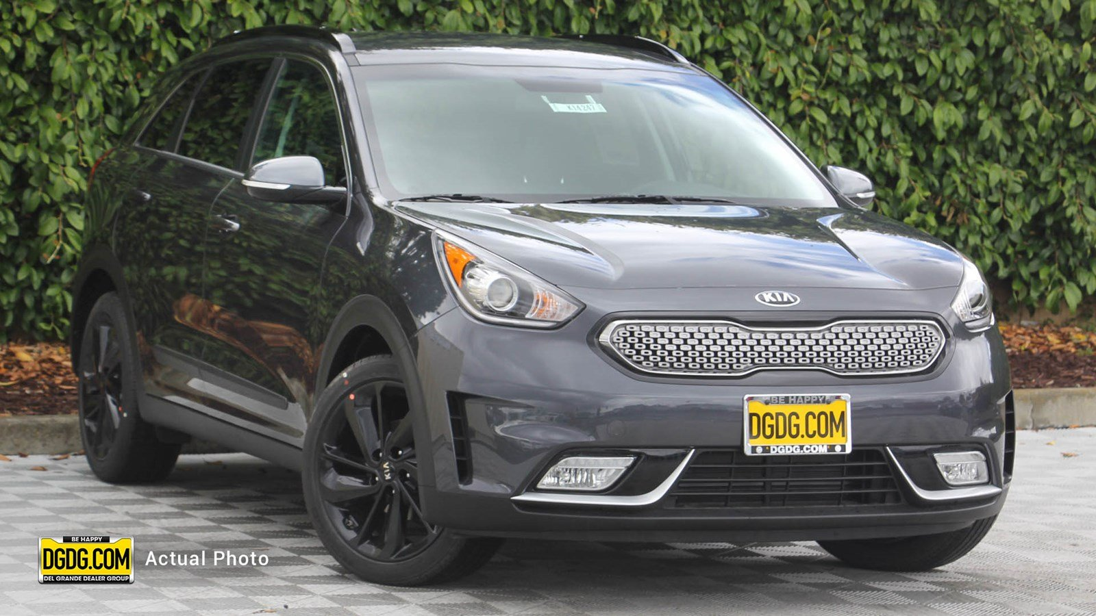 New 2019 Kia Niro S Touring
